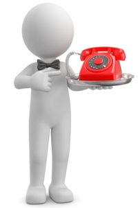 Männchen bringt ein Telefon